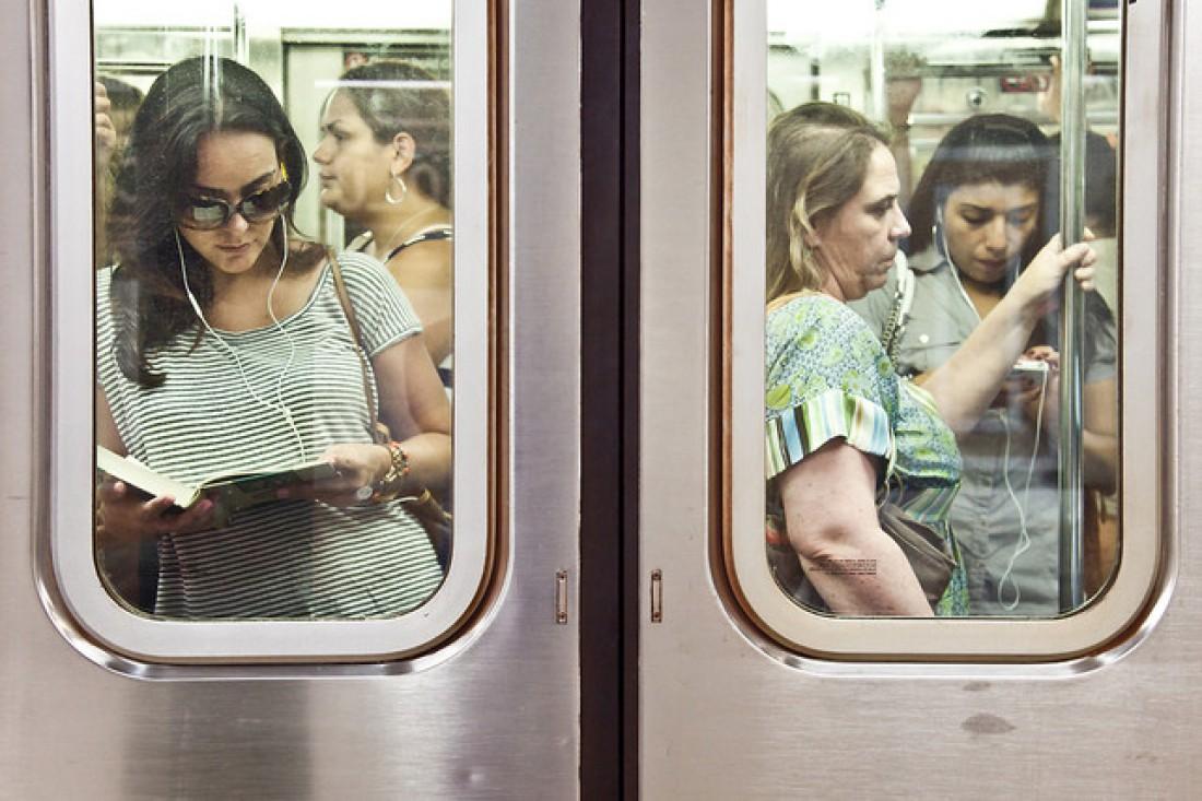 Поездка в метро все чаще провоцирует стресс