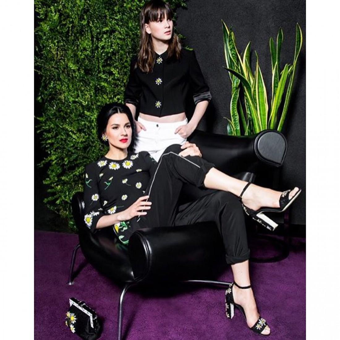 Маша Ефросинина с дочерью Наной в модной фотосессии