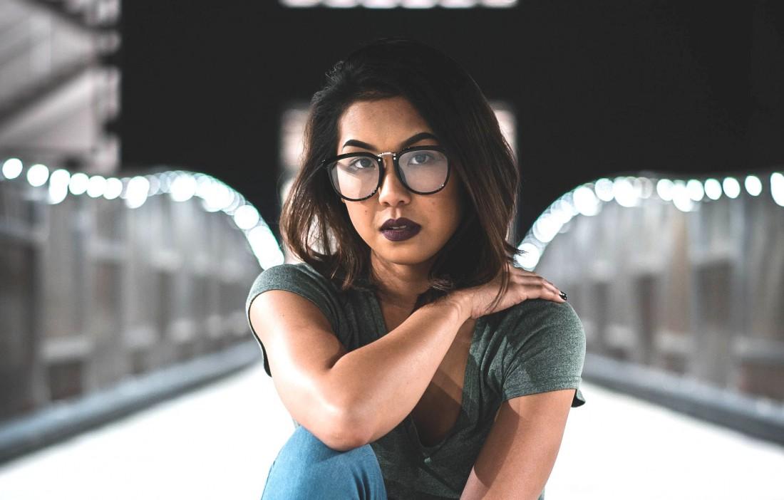 Макияж с очками