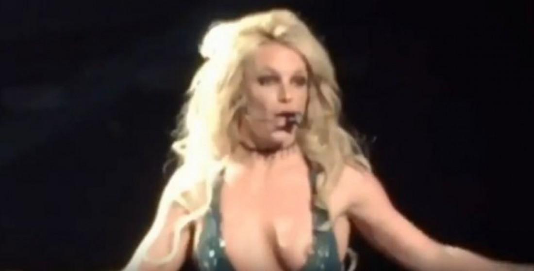 Бритни Спирс оконфузилась в Лас-Вегасе