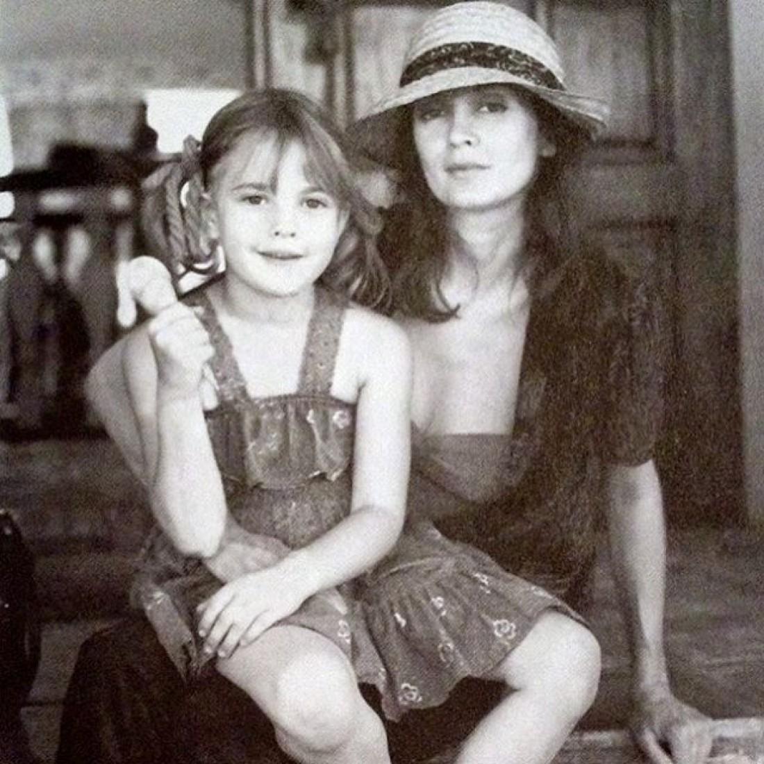 Голливудская актриса со своей мамой