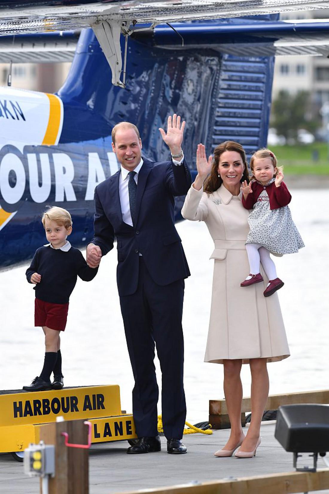 Принц Джордж, принц Уильям, Кейт Миддлтон и принцесса Шарлотта