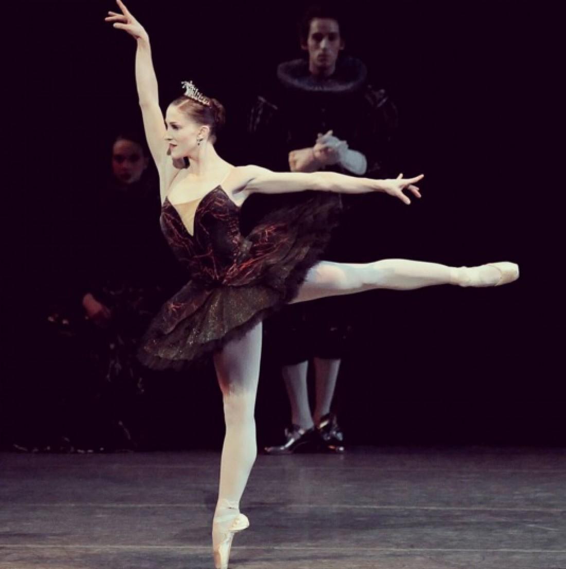 Беременная балерина покорила поклонников своим танцем