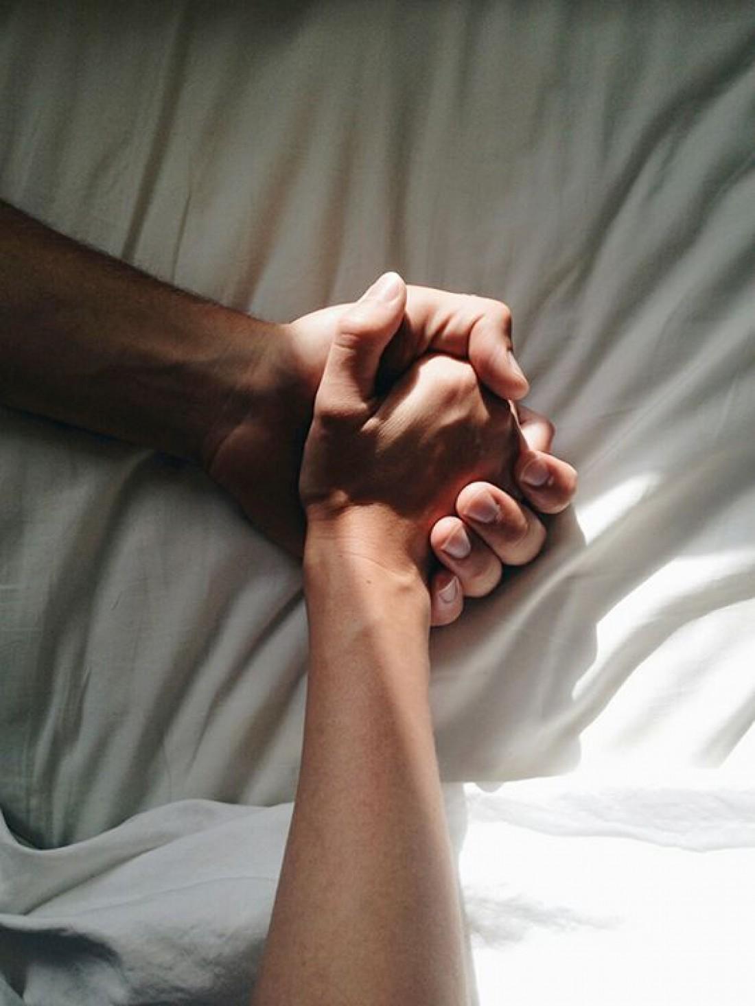 Мужчина испытал оргазм в сексе