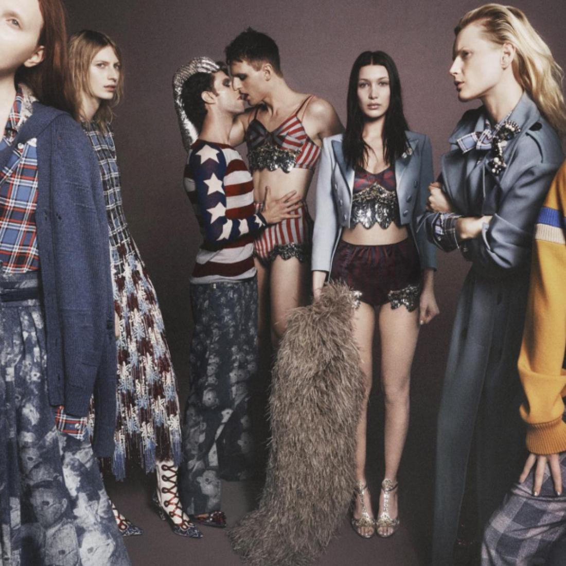 Модель Белла Хадид в рекламной кампании Marc Jacobs