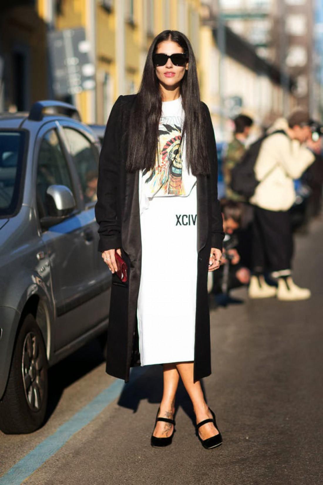 Как носить белый цвет осенью: способ № 9