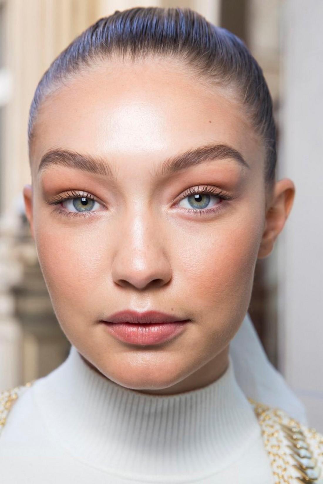 Как сделать макияж стойким: лицо