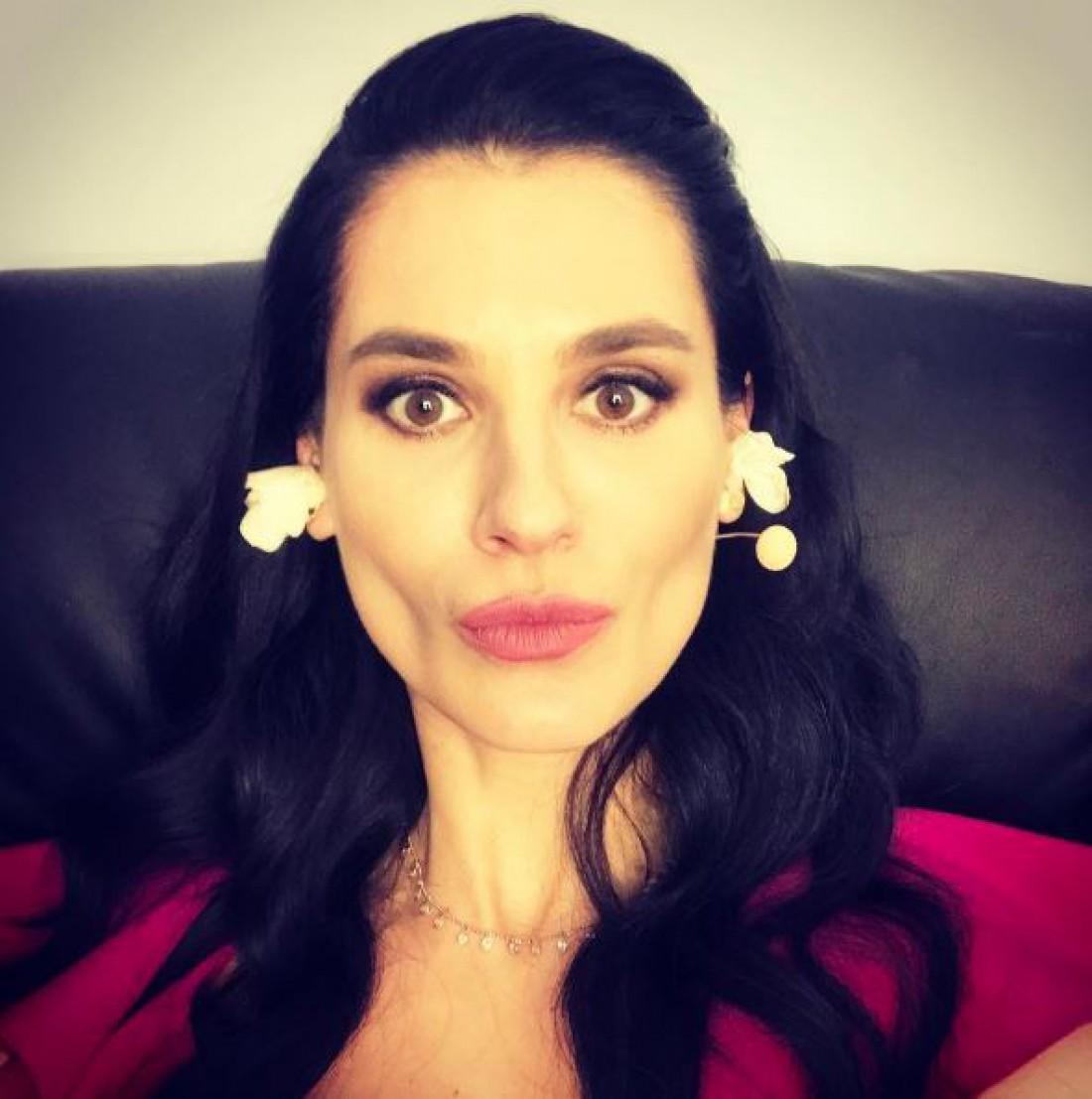 Маша Ефросинина с уменьшиными щеками