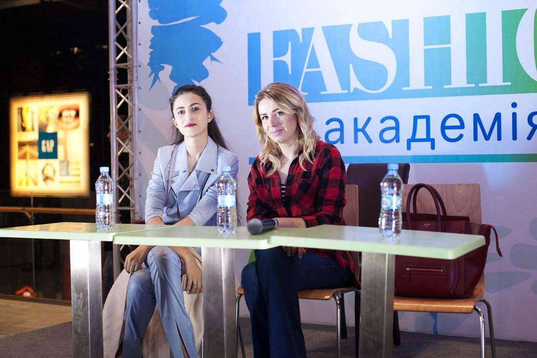 Тина Сизонова и Елена Бурба