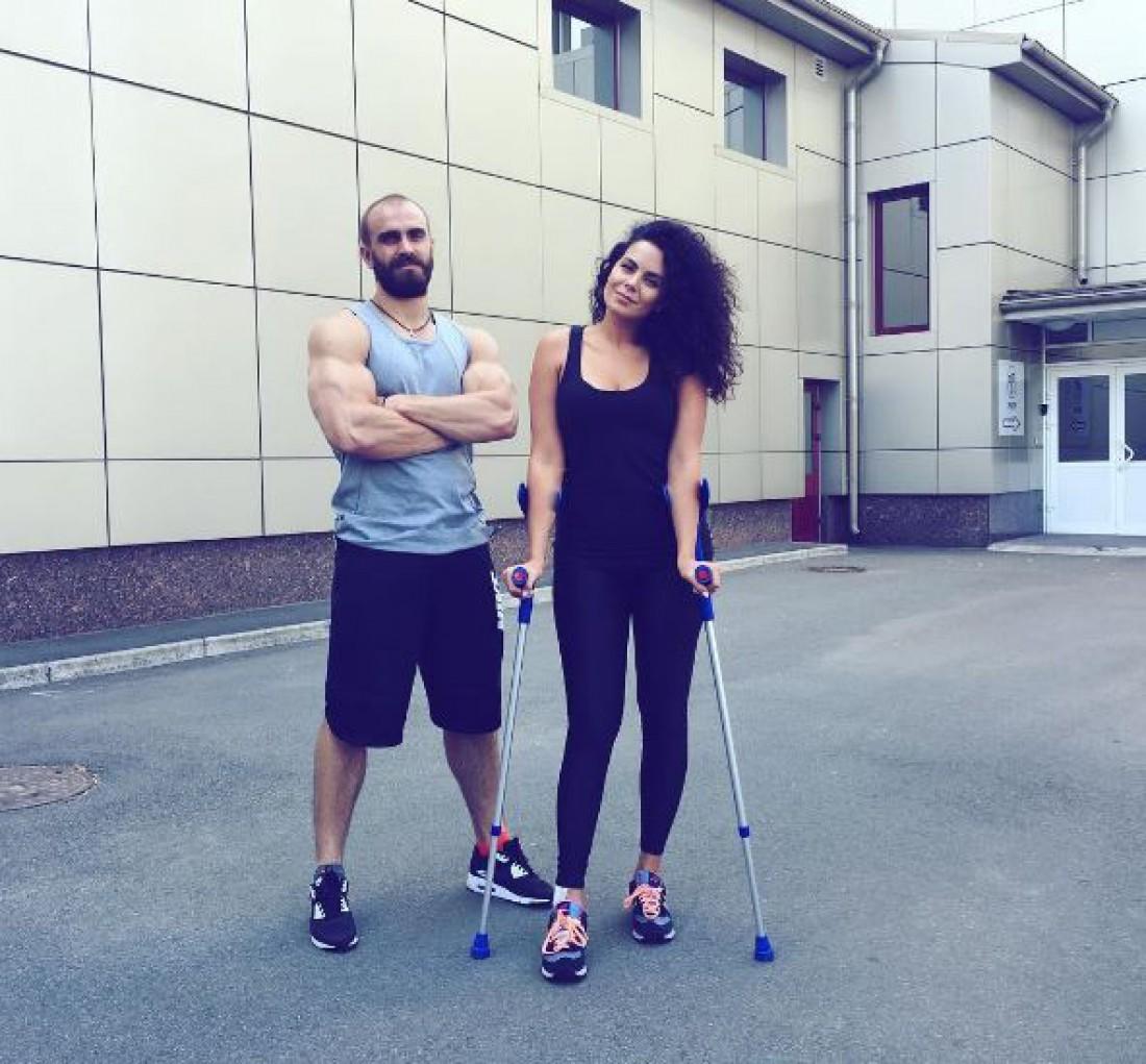 Настя Каменских после травмы ноги