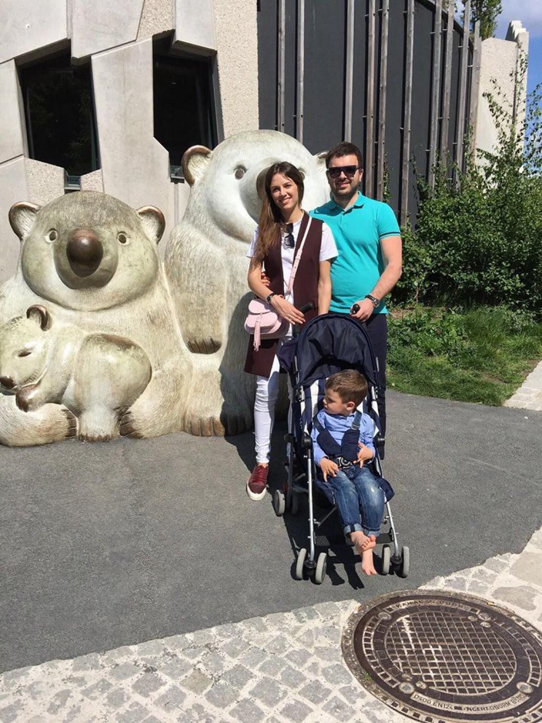 Григорий Решетник со своей семьей