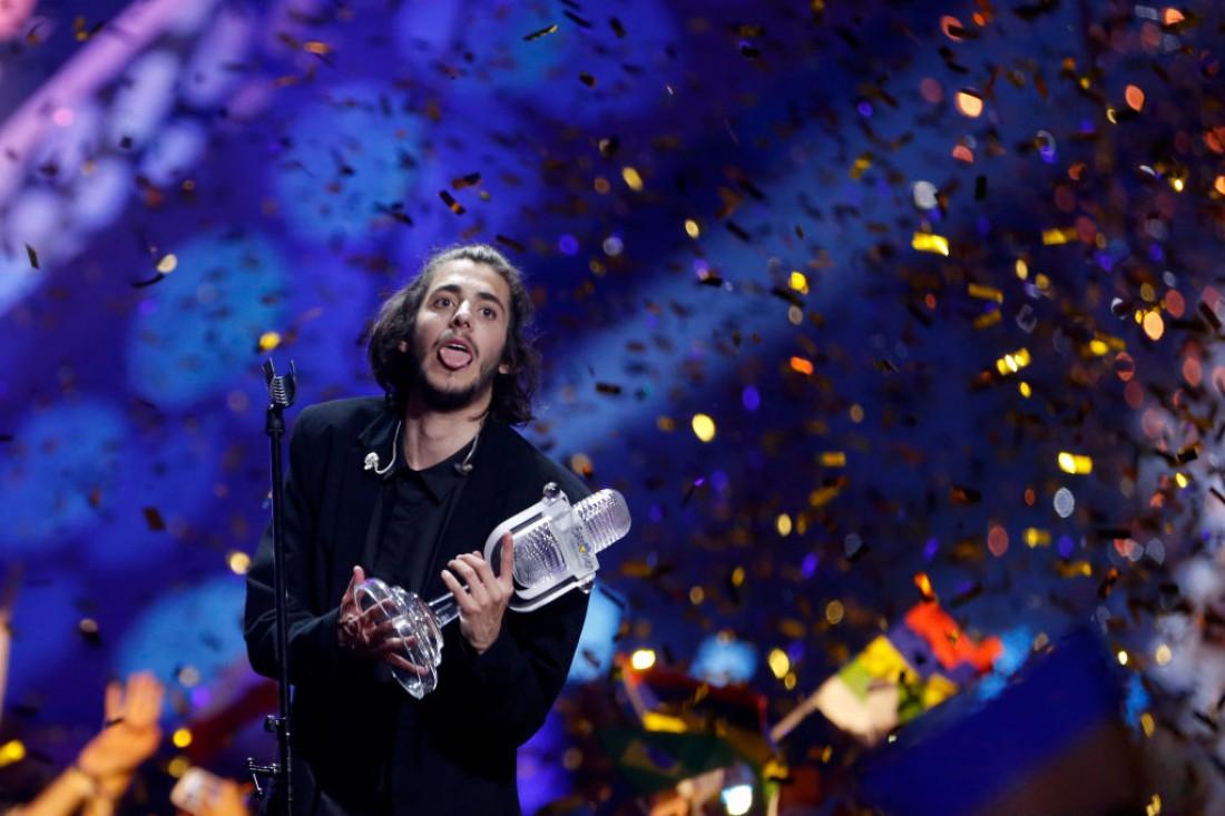 Евровидение 2017: Биография Сальвадора Собрала - Португалия
