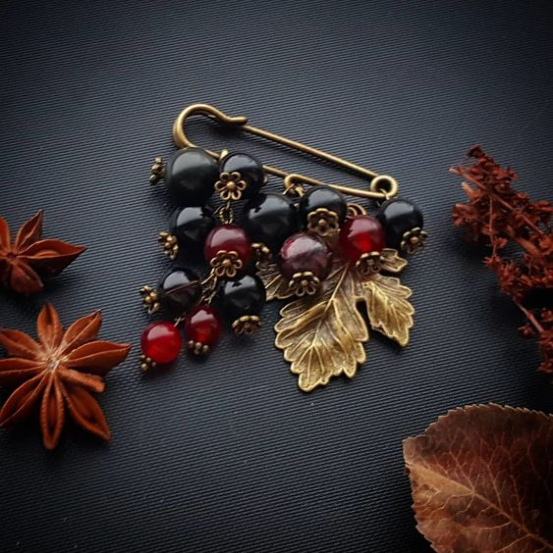Подарок для мамы: Украшение из натуральных камней - от 200 грн