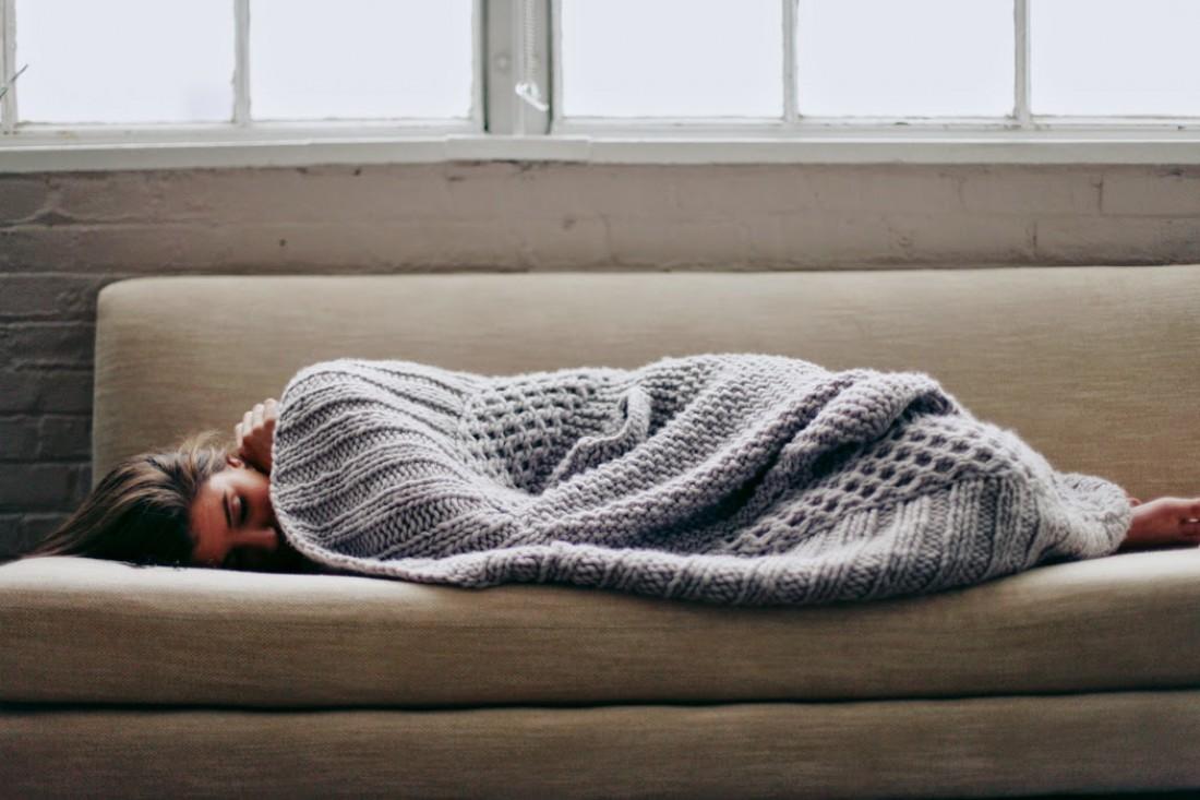 Уютный плед спасет тебя от холода