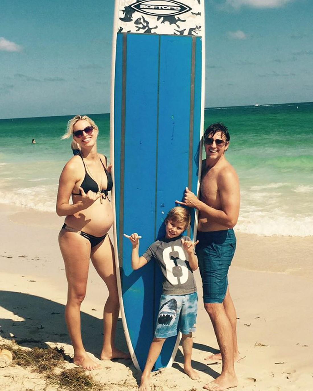 Каролина с мужем и сыном