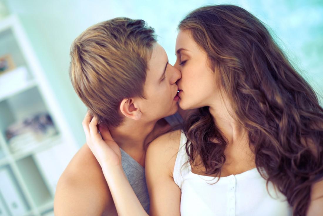 Почему люди целуются с закрытыми глазами