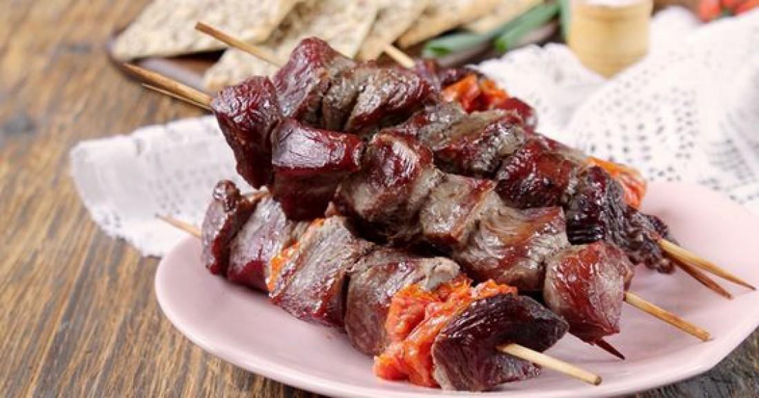 Шашлык духовке: Простой пошаговый рецепт свинины в рукаве