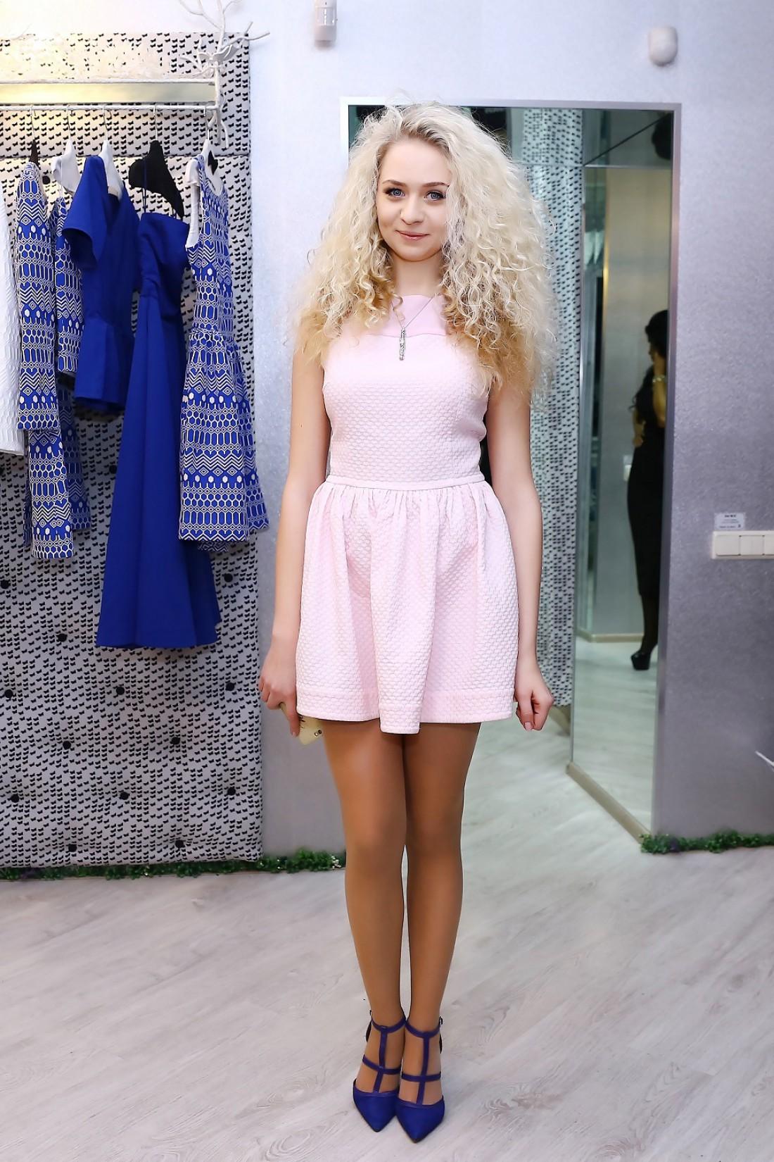 Анастасия мечтает, чтобы каждое платье из ее коллекции приносило удачу его обладательнице