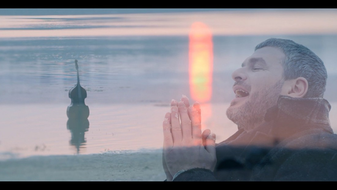 Кадр из клипа Джеральдина Арсена Мирзояна