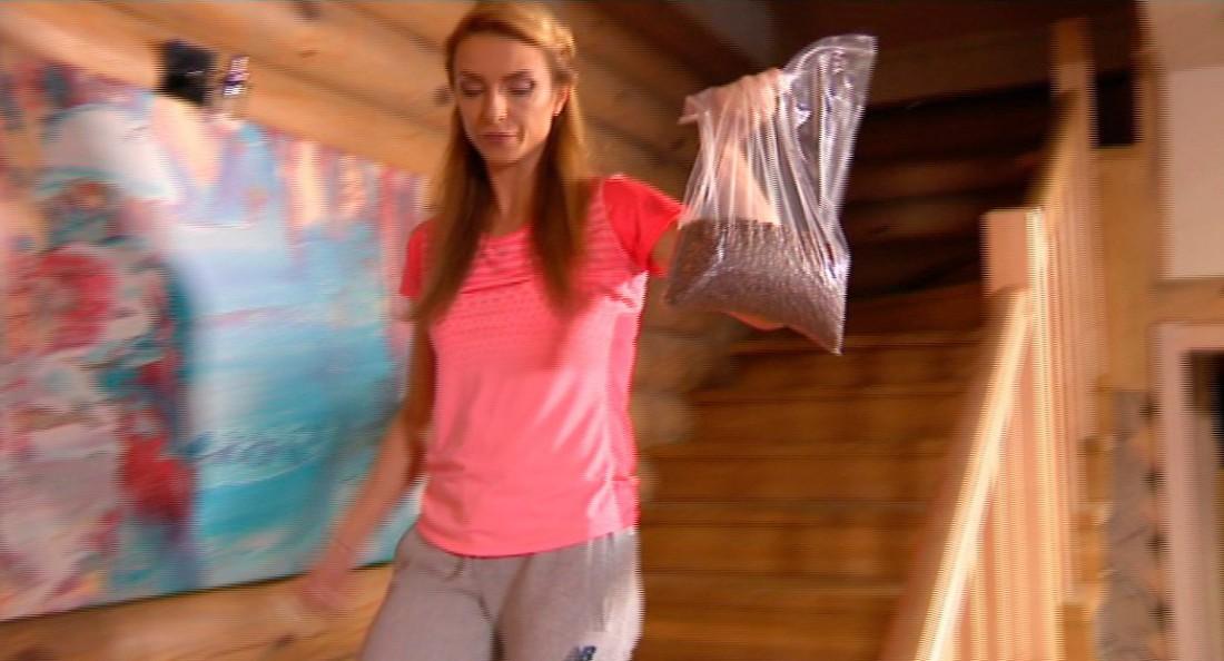 Зважені та щасливі 6 сезон: Марина нашла тайник со сладостями