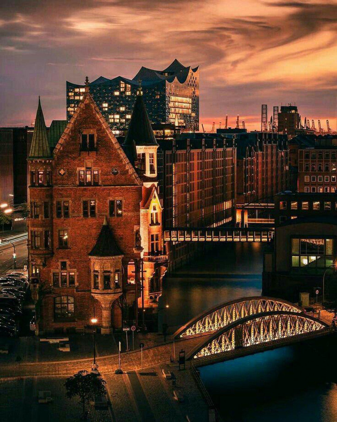 Вечерний Гамбург особенно прекрасен