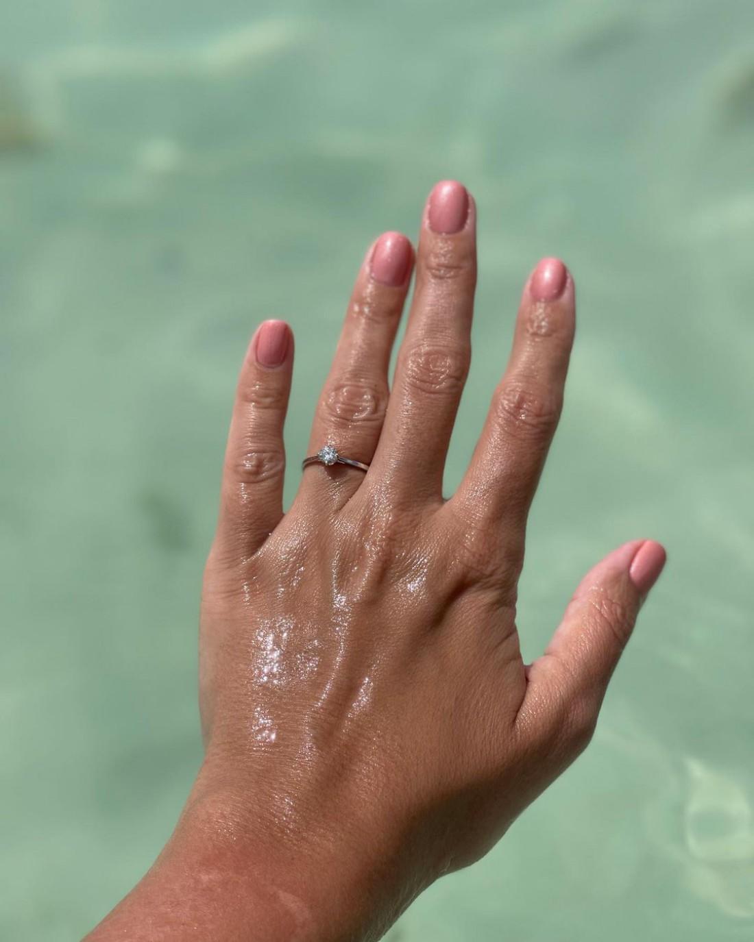 Елизавета Глинская объявила о помолвке