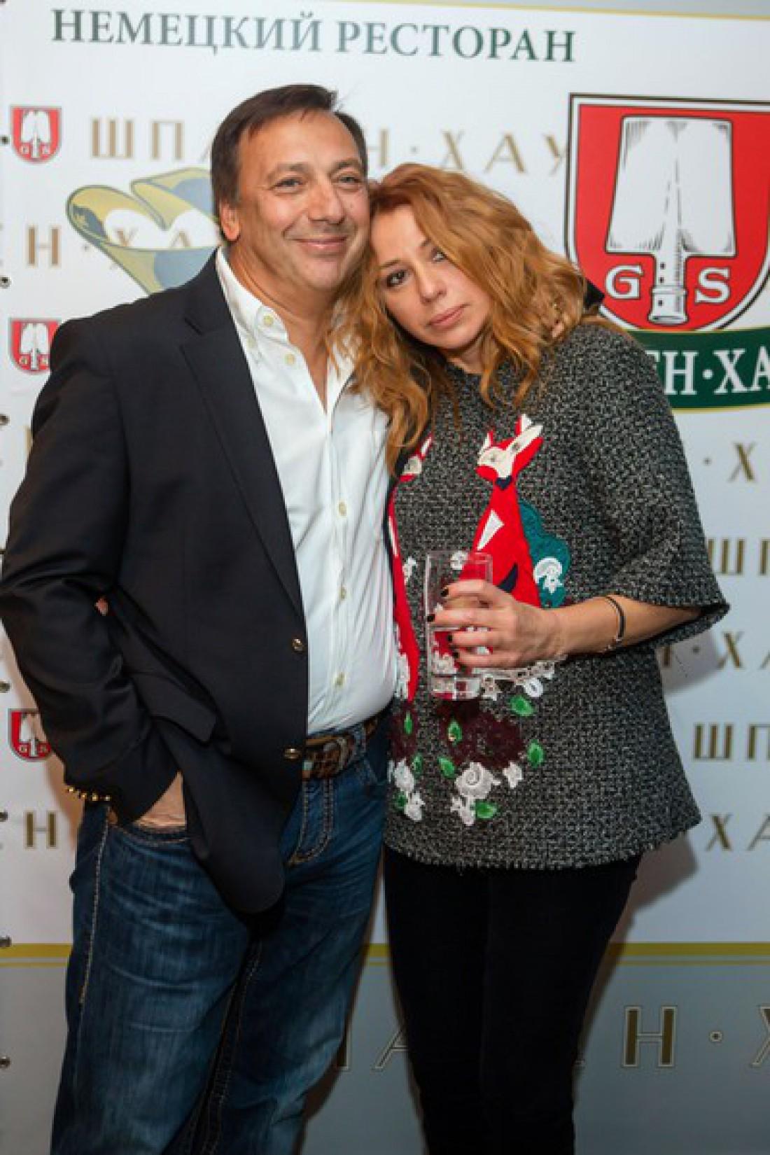 Алена Апина с мужем Александром Иратовым