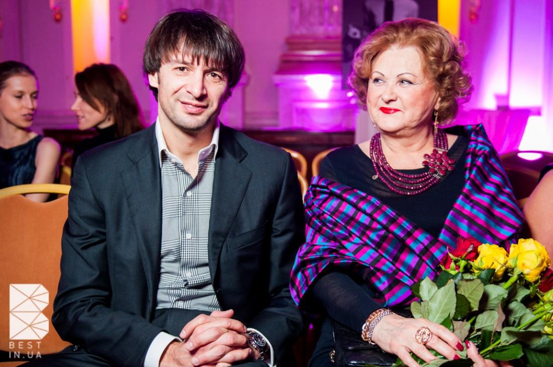 Александр Шовковский с мамой Ольги Аленовой