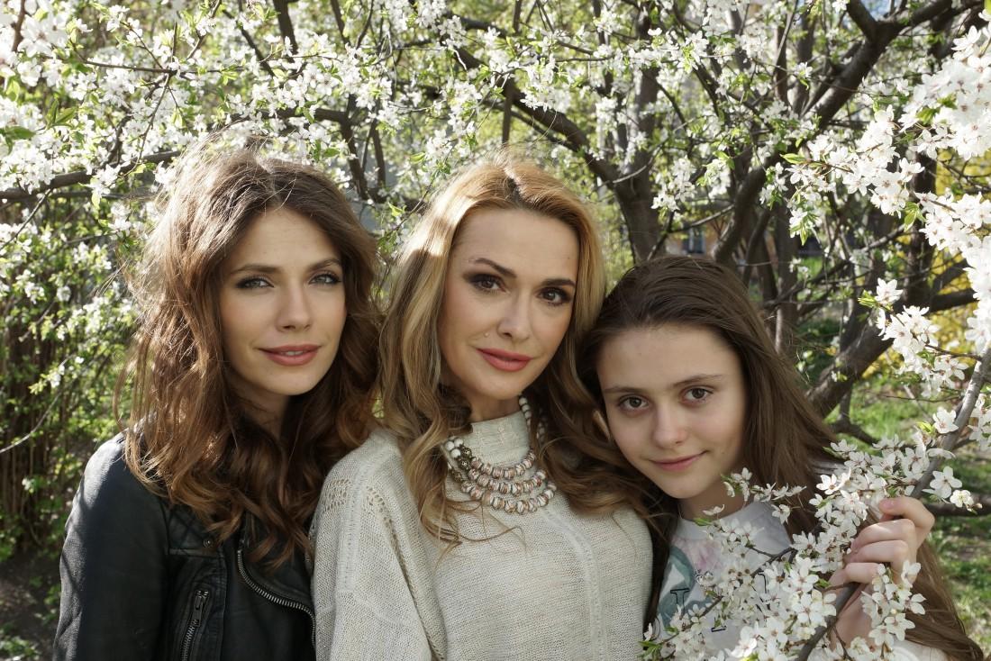 Ольга с дочками Антониной и Анной
