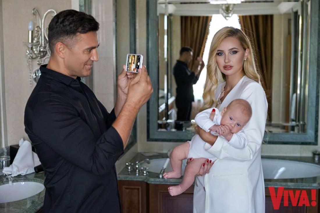 Николай Тищенко с женой и с сыном