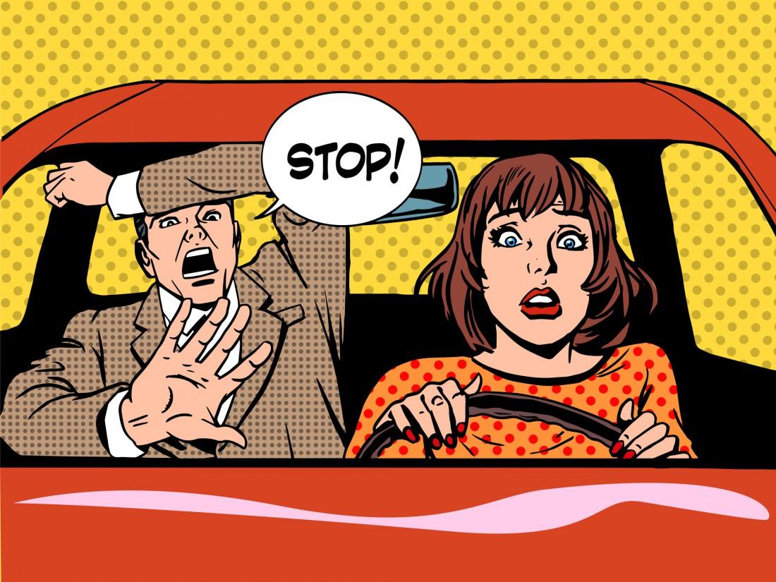Мужчины нашли целых 10 аргументов, почему женщинам не место за рулем