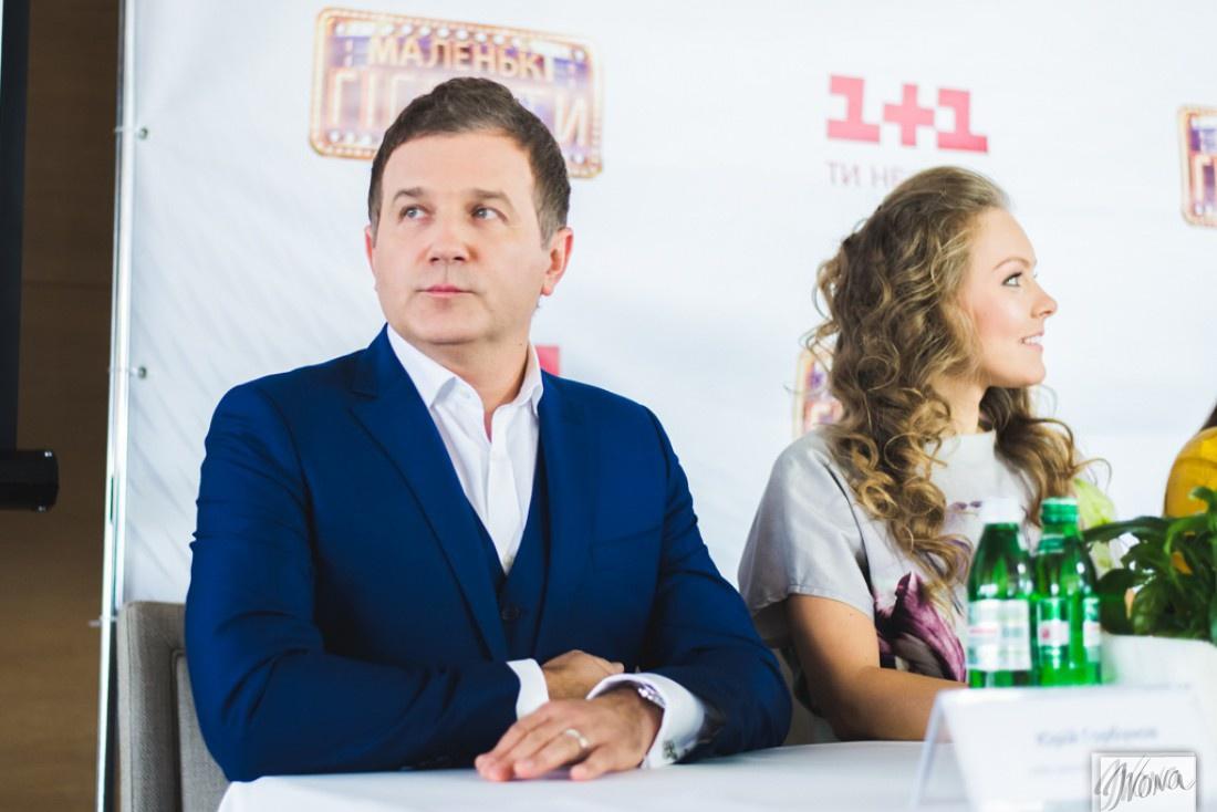 Юрий Горбунов во время пресс-конференции шоу Маленькі гіганти