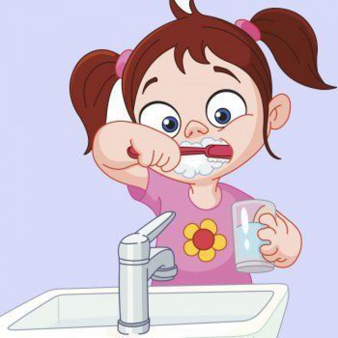 Ребенок чистит зубы