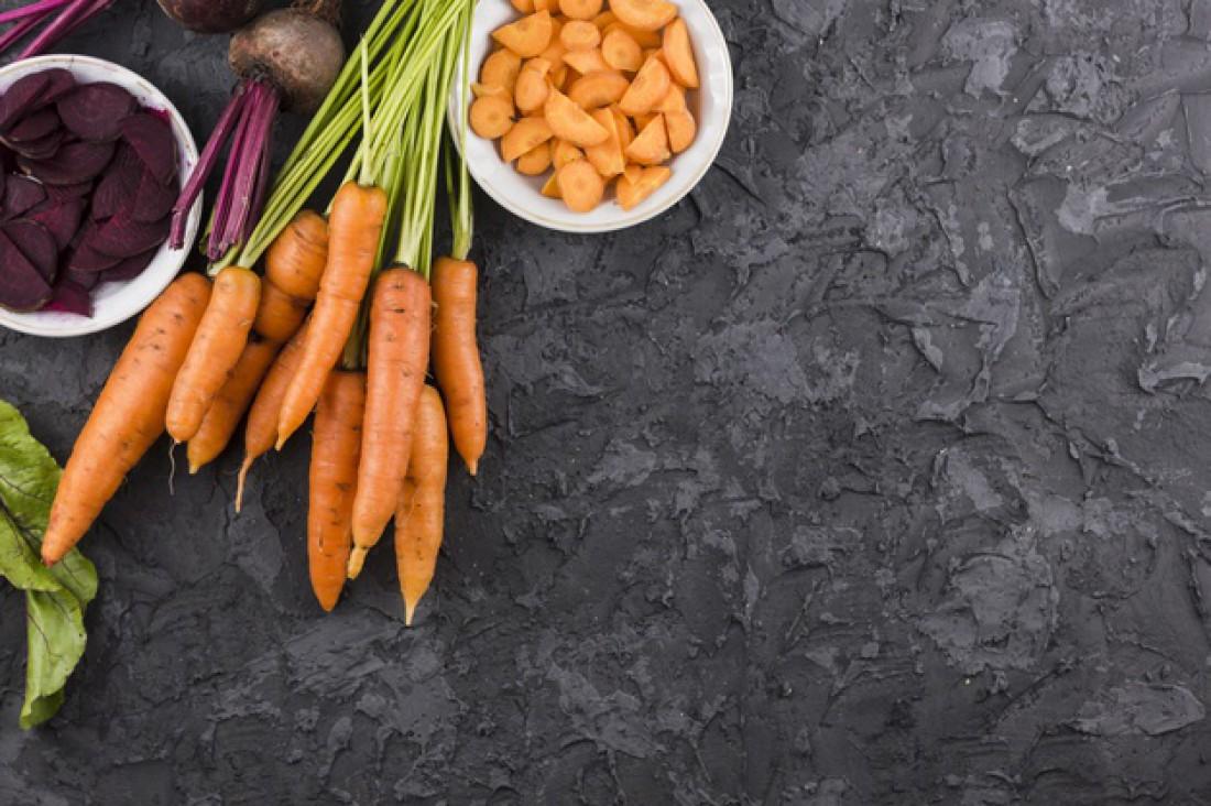 Смузи: Свекла + морковь + чеснок + редиска + петрушка