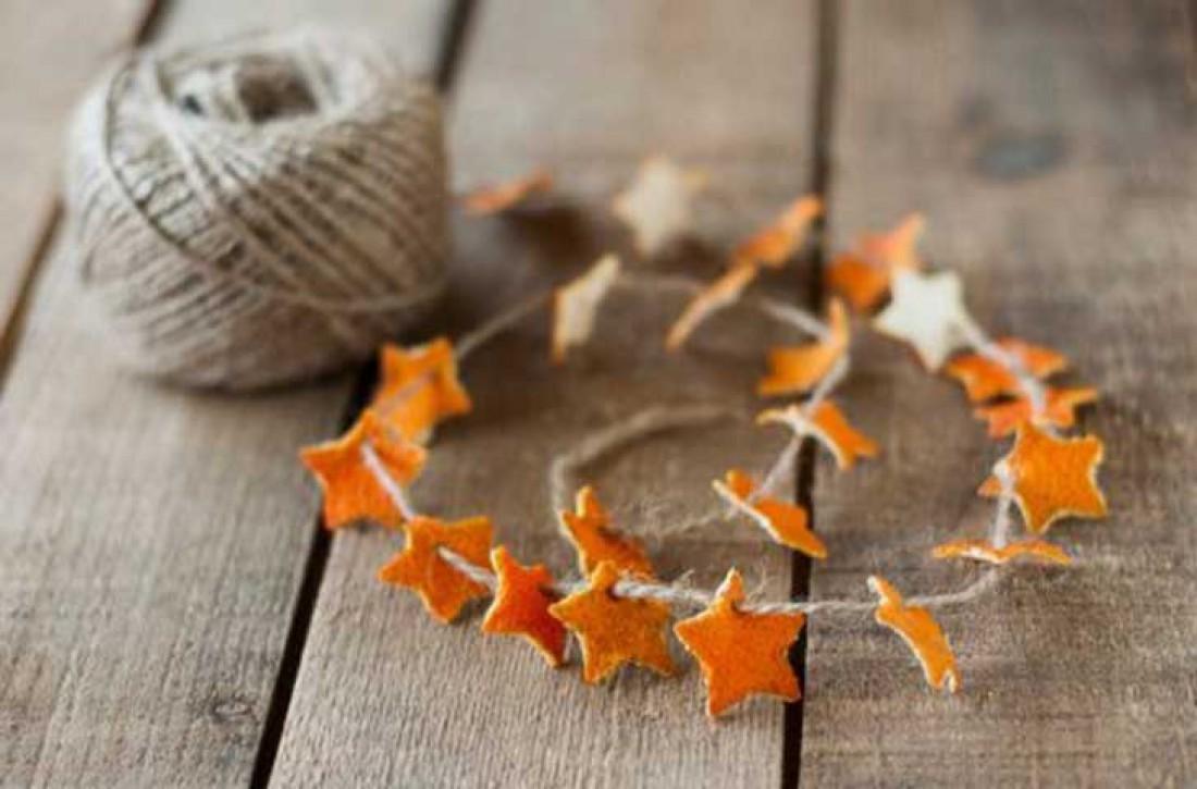 Апельсиновые корки можно использовать для домашнего декора
