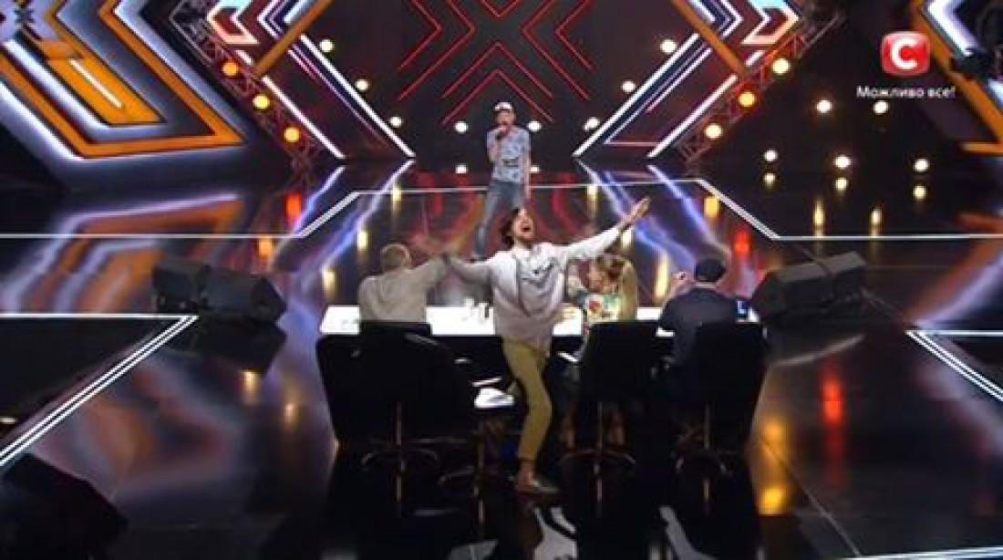Х-фактор 7 сезон: Савлепов просит остановить выступление Андрея