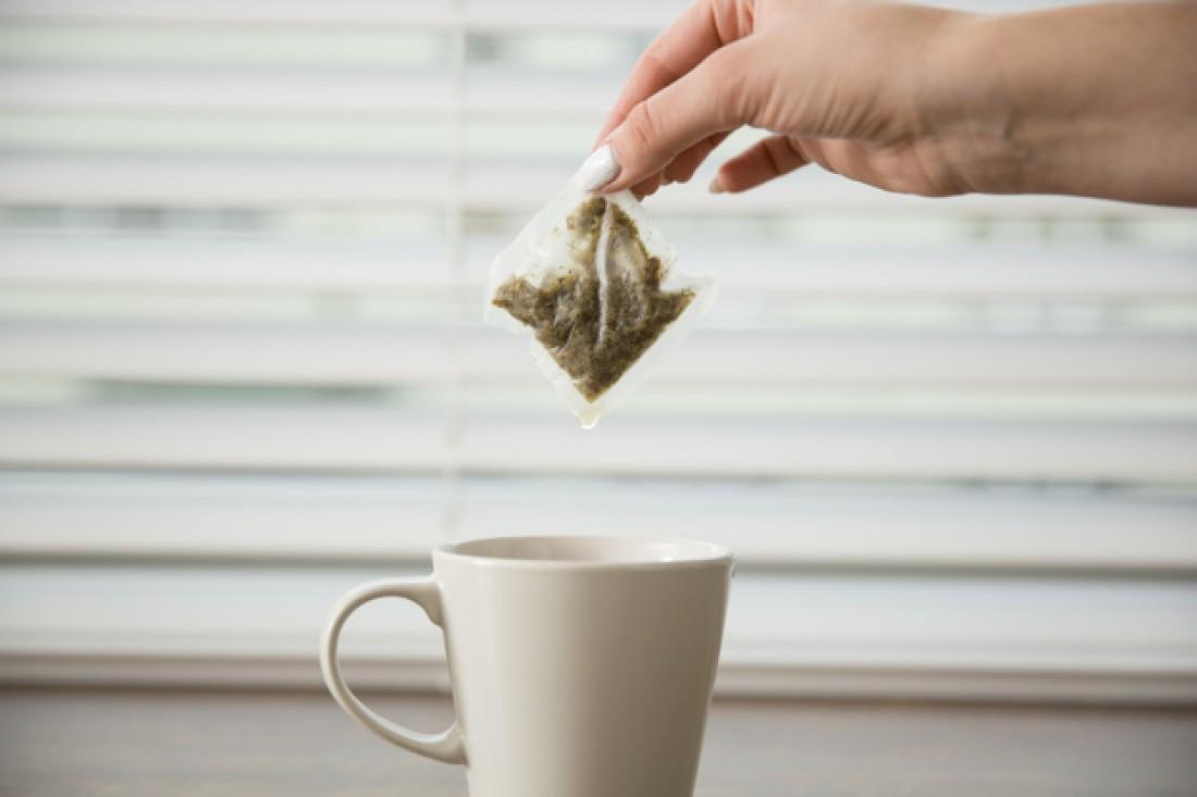 10 необычных способов использовать черный чай в быту