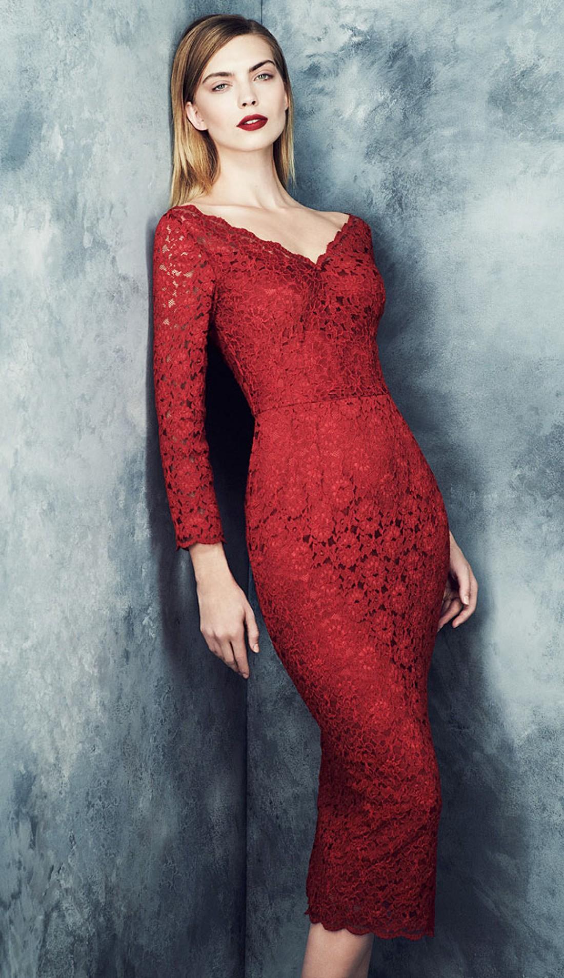 Без красного платья никуда!