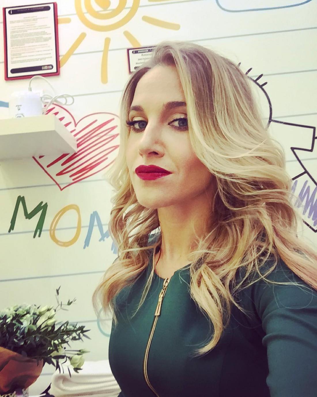 Российская певица Юлия Ковальчук