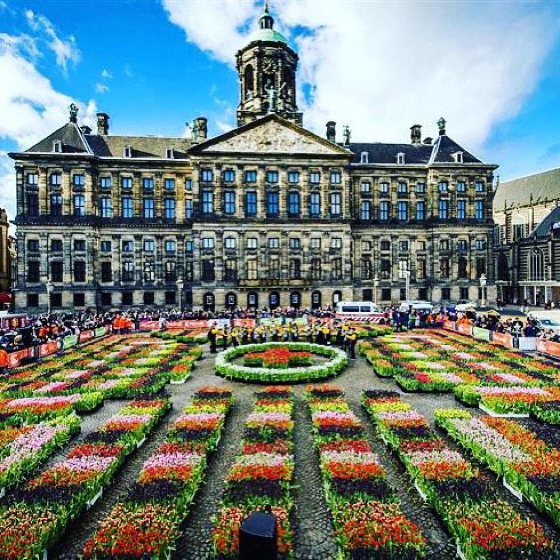 Королевский дворец - резиденция нидерландских монархов
