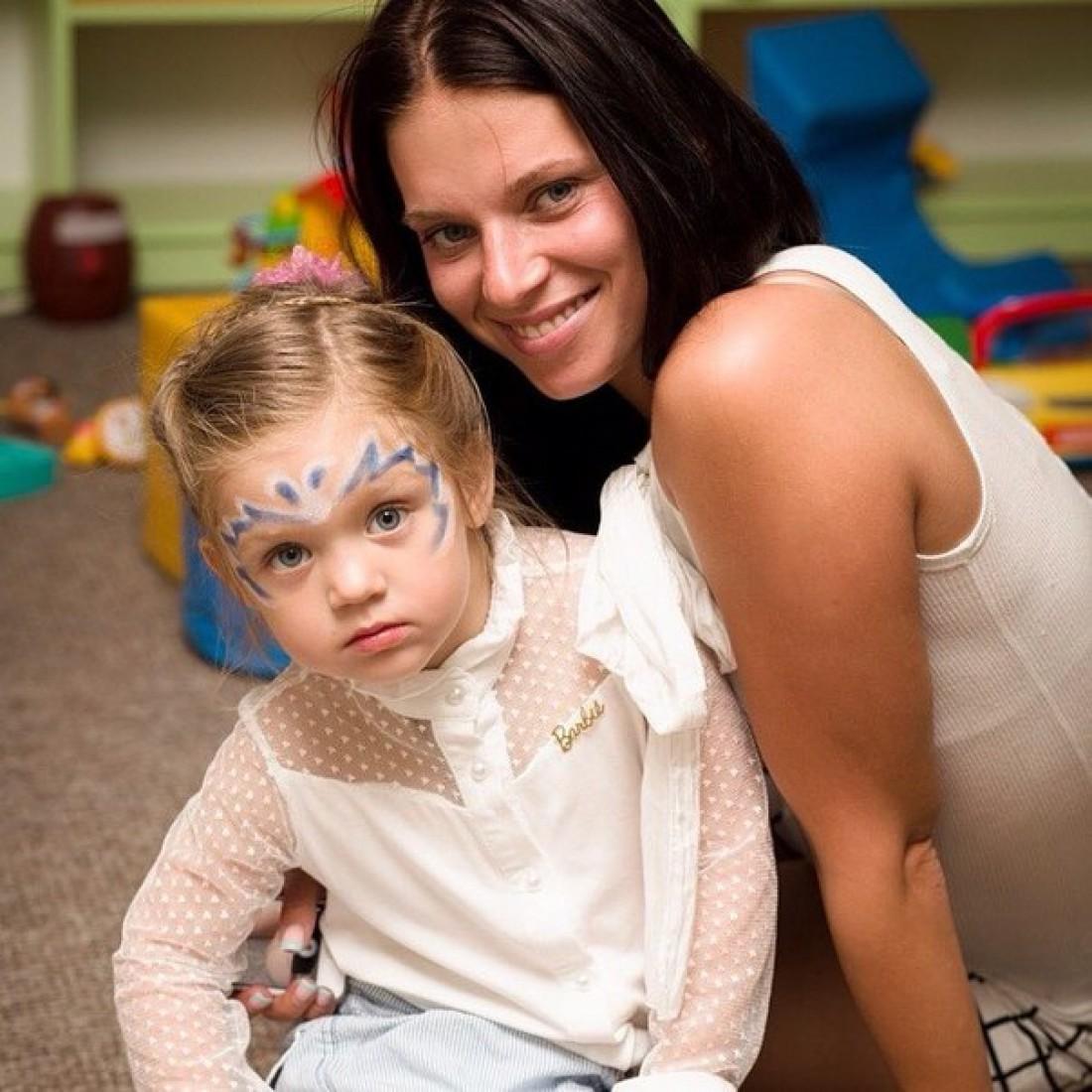 Катя с дочкой Лизой