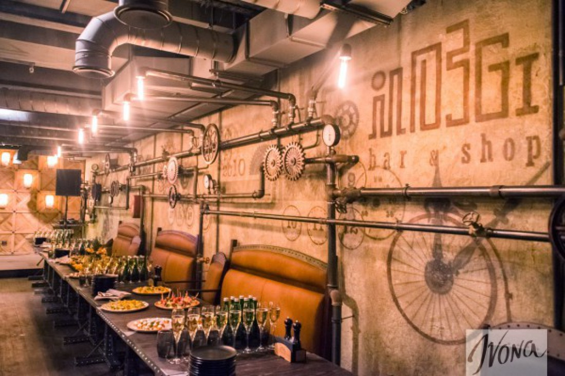 Интерьер MOZGI bar&shop