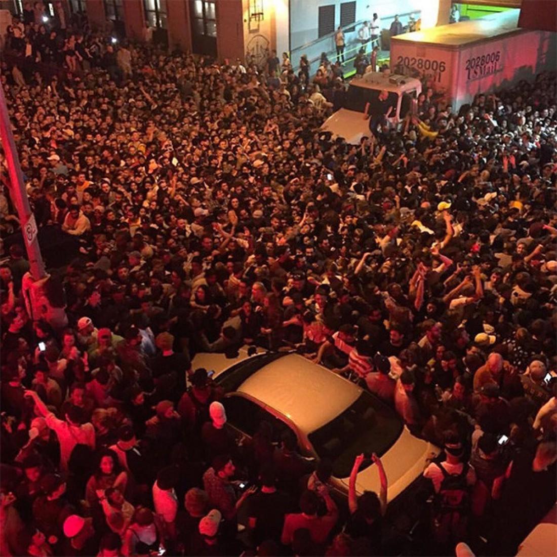 Беспорядки на улицах Нью-Йорка из-за концерта Канье Уэста
