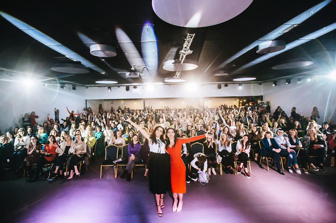 Звезды со зрителями после Public Talk