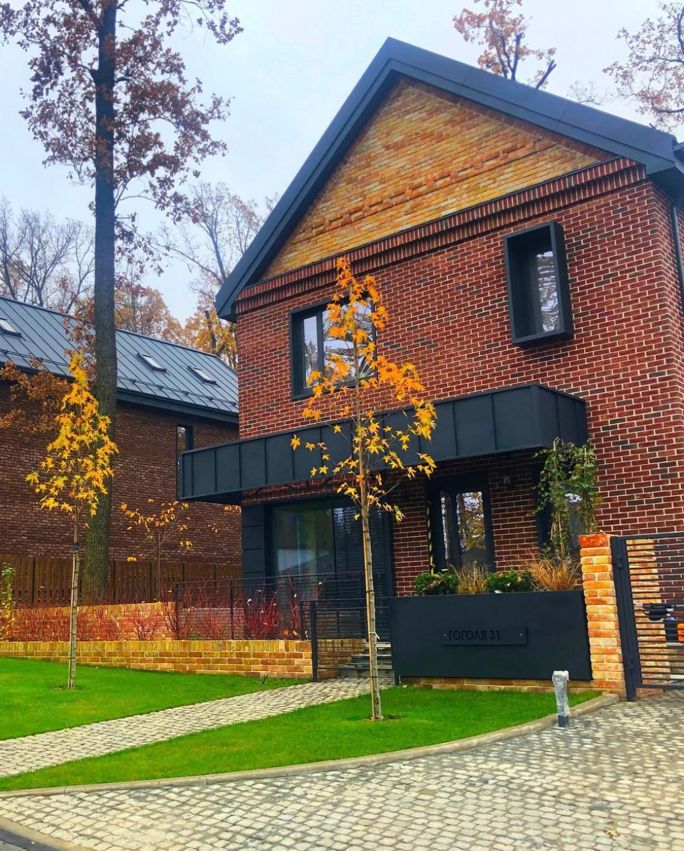 Эктор Хименес-Браво показал свой дом в Ирпене
