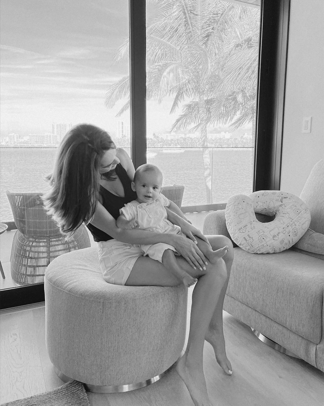 «Мисс Украина-Вселенная» Олеся Стефанко впервые показала лицо сына
