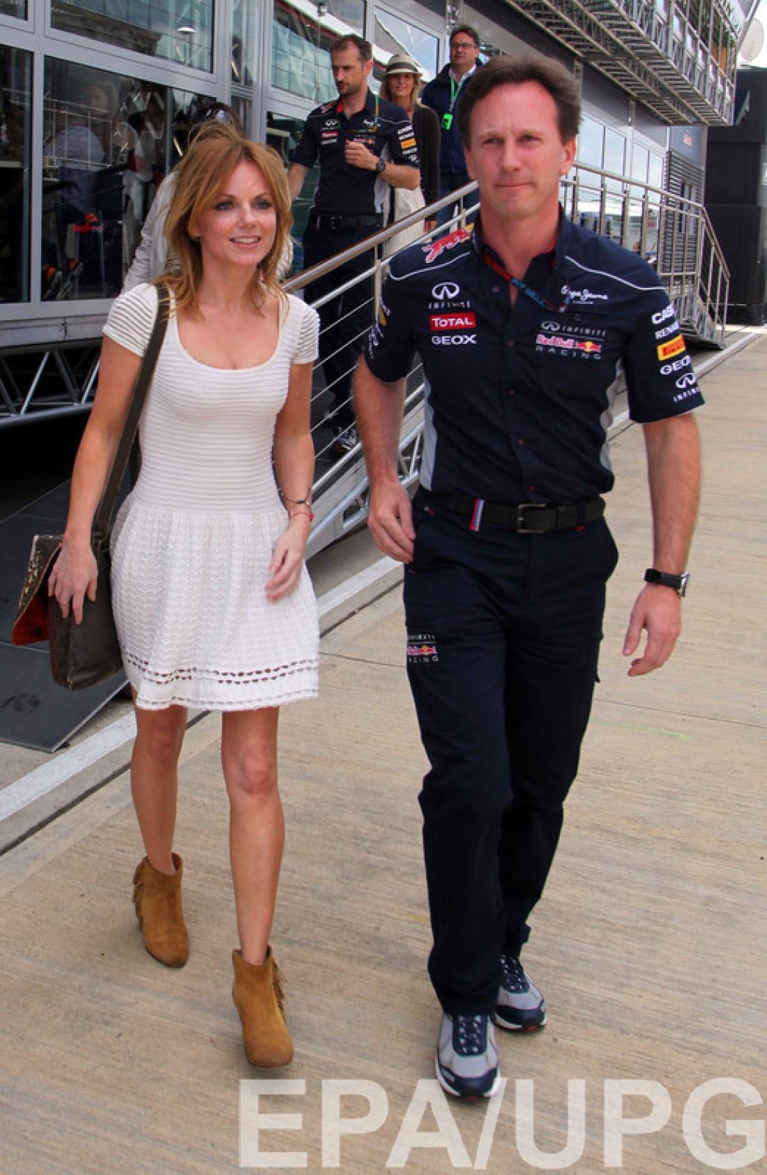 Пара познакомилась в 2009 году