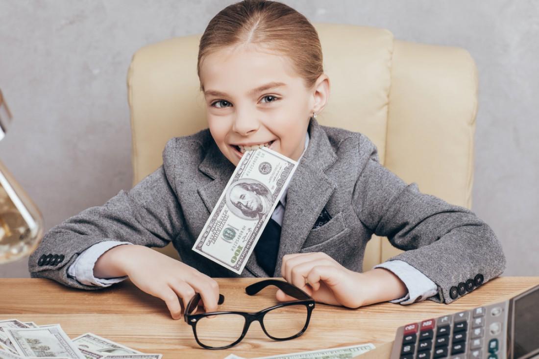 Как научить ребенка разумно тратить деньги