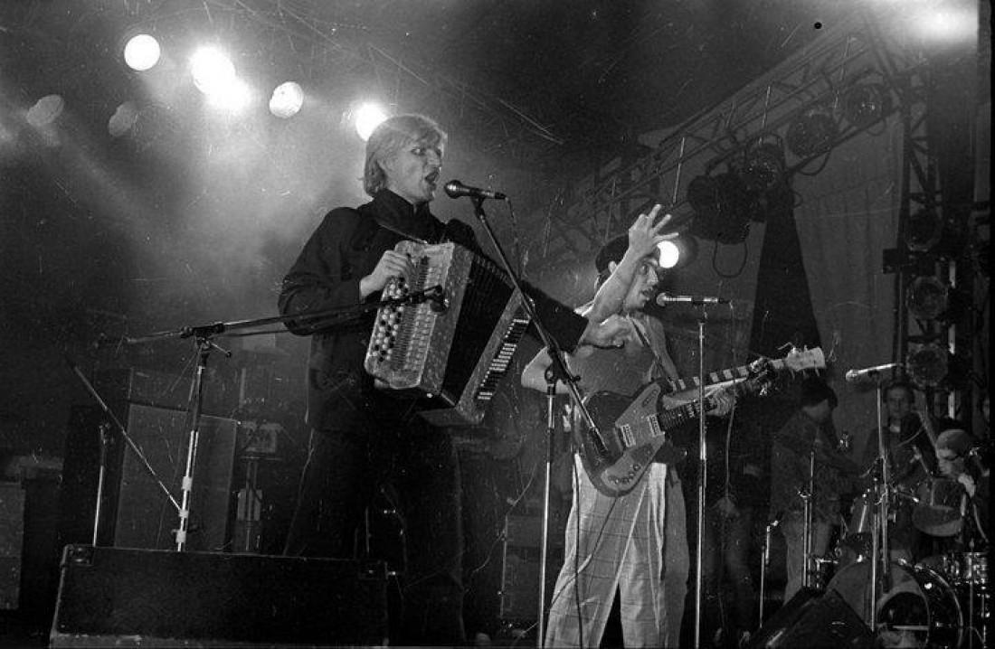 Группа Вопли Видоплясова дают свои первые концерты