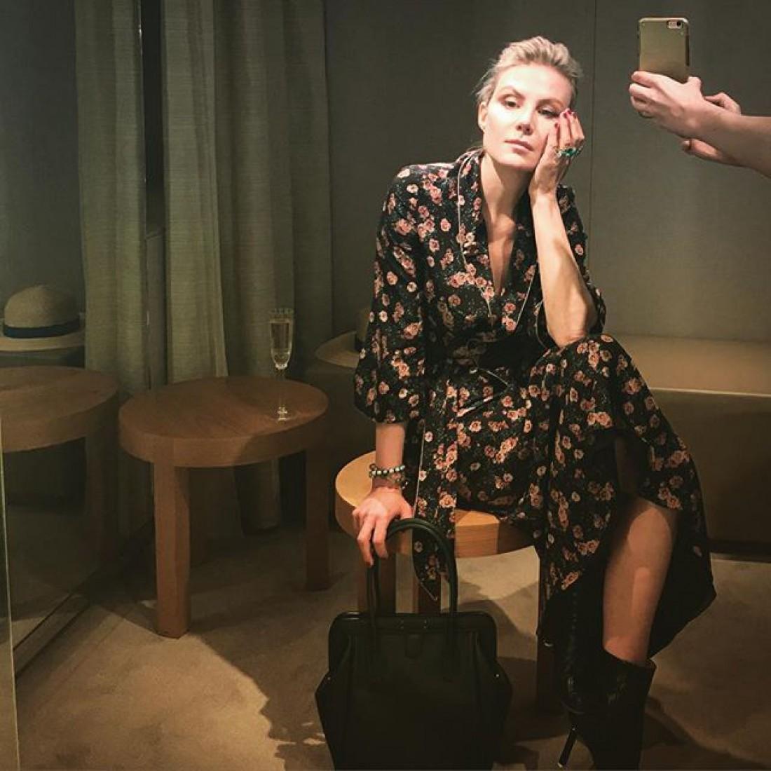 Рената Литвинова отдыхает в Париже